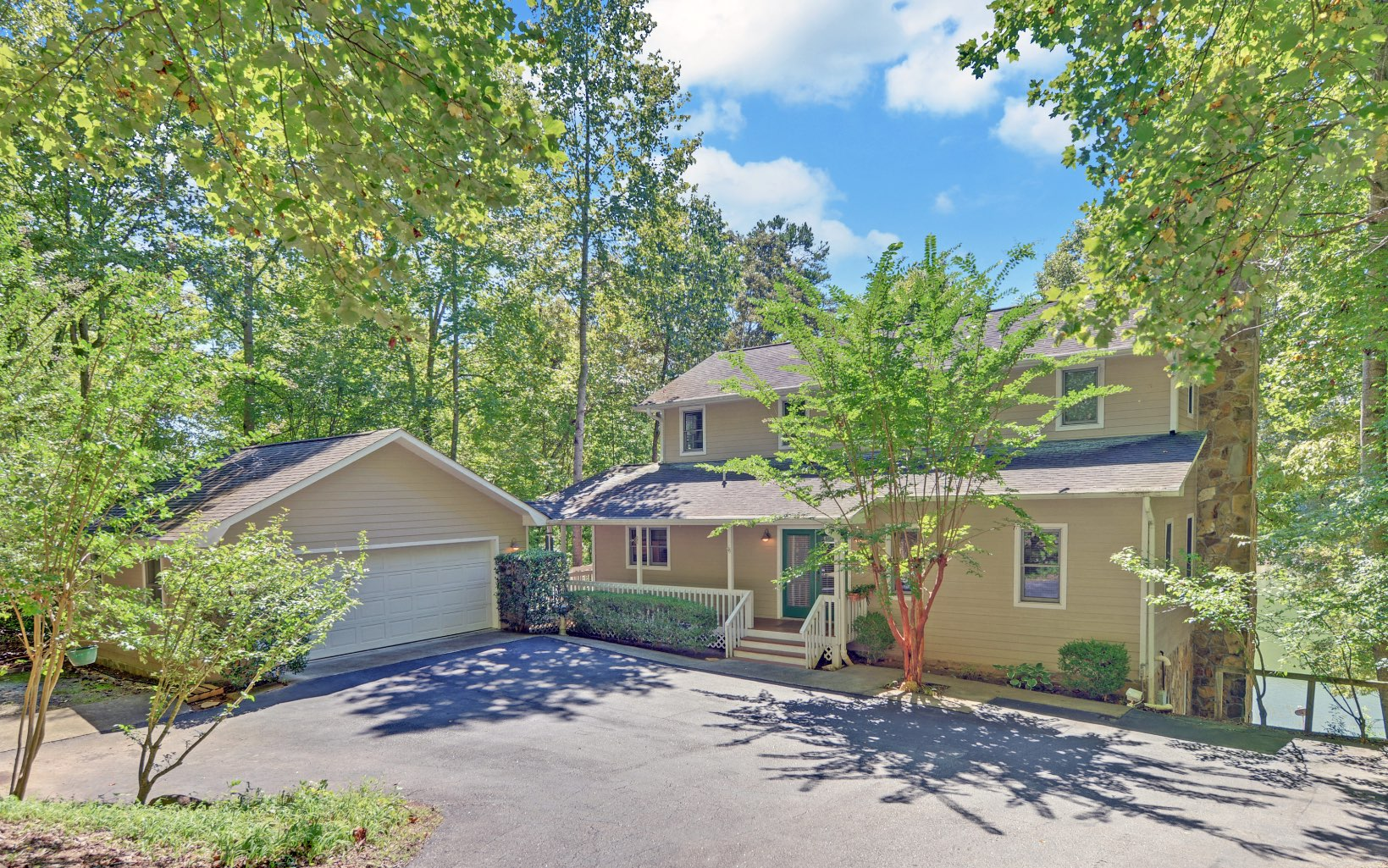476 PINEY POINT ROAD Photo 1